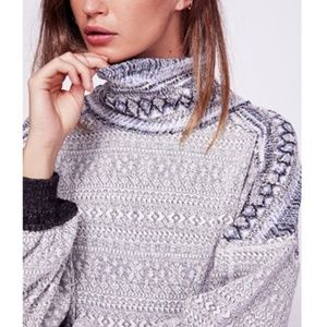 Free People   Meet me at the Lodge Top